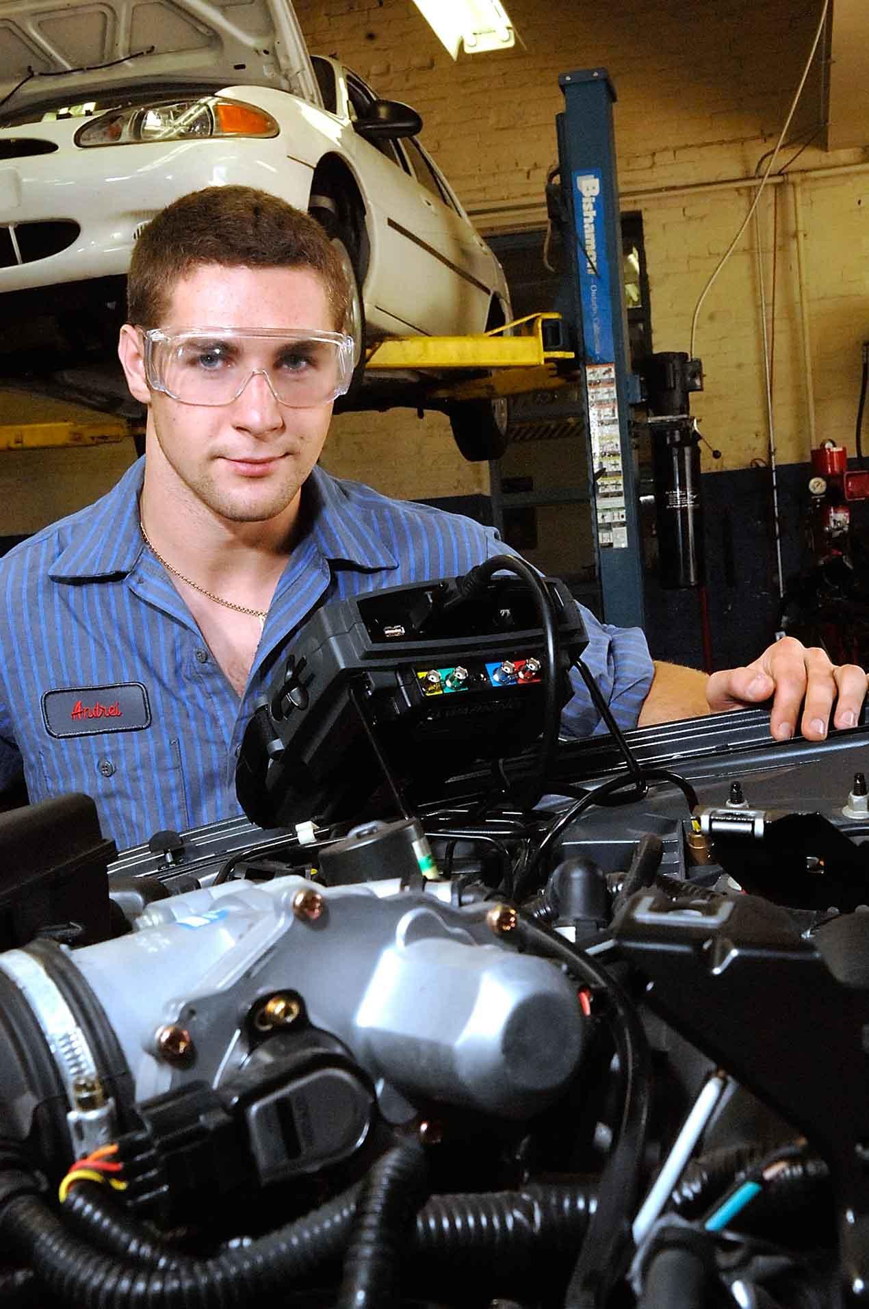 2007-auto-tech-183ba320.jpg